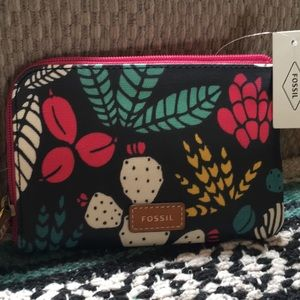 NWT Fossil Eliza Floral & Cactus Wristlet